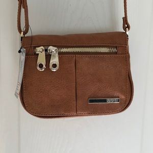 Kenneth Cole Reaction Saddle Small Flap Crossbody